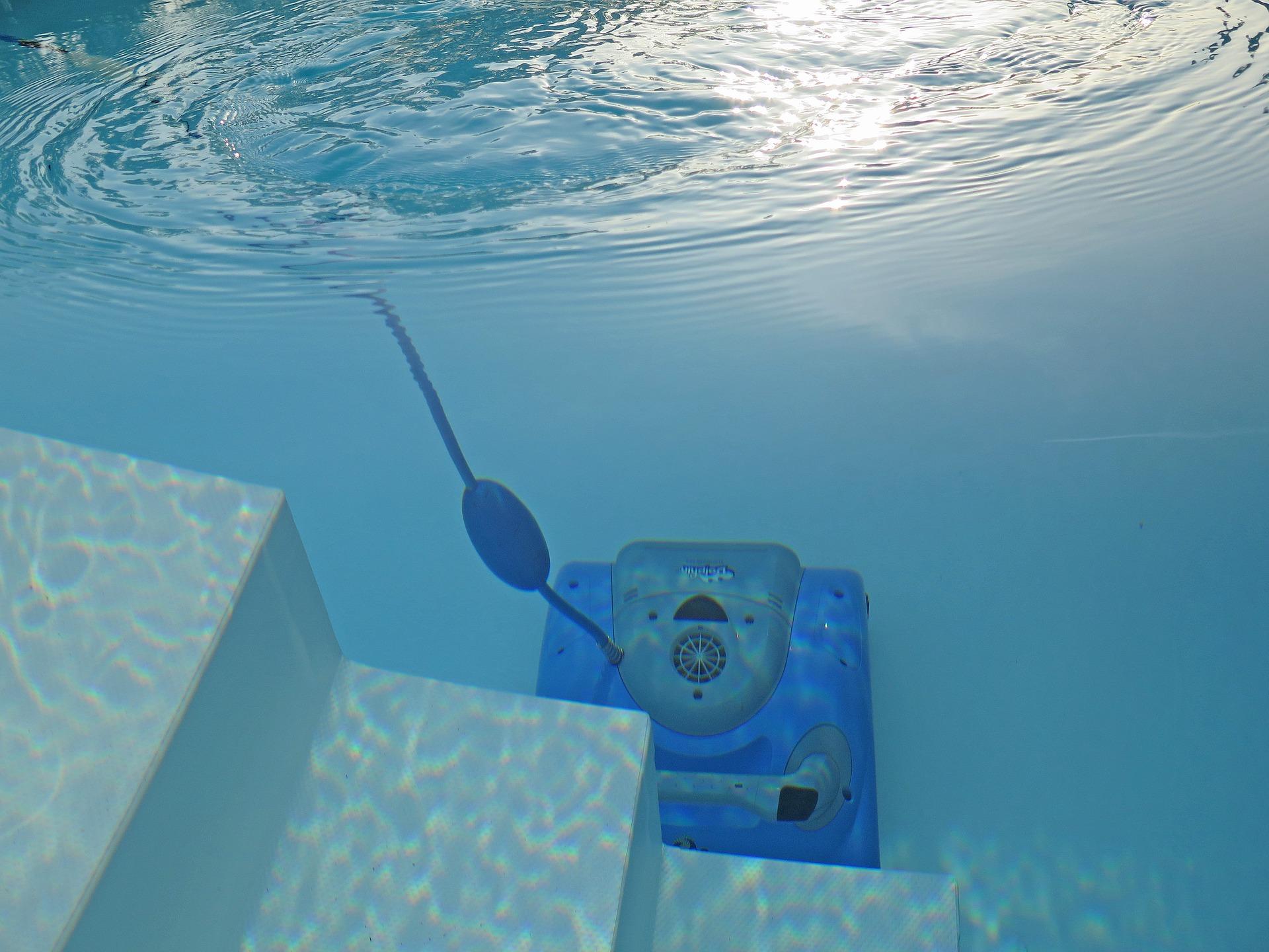 aspirateur piscine hors sol robot comparatif